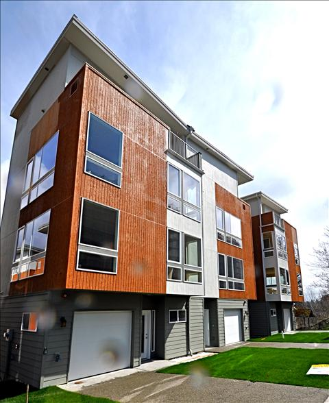 Houses Townhouses For Rent: Element 20 Townhouses